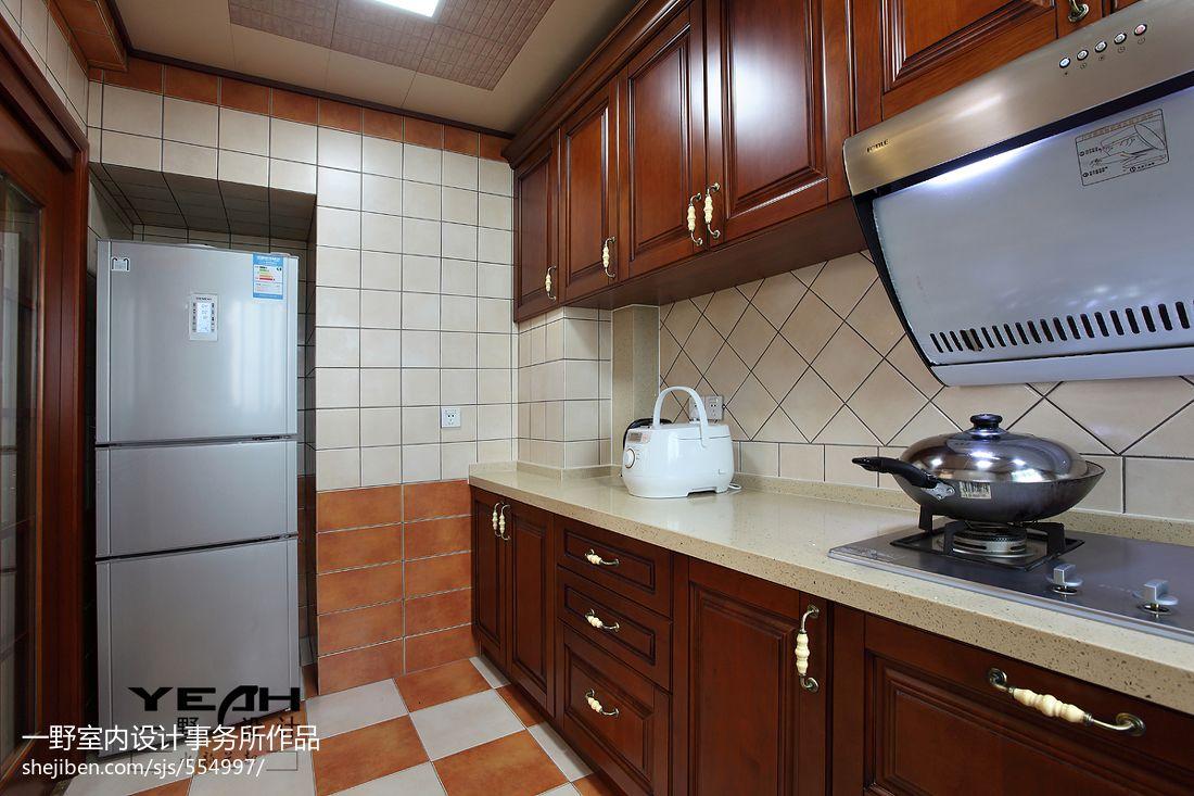 美式厨房瓷砖装修效果图欣赏图片