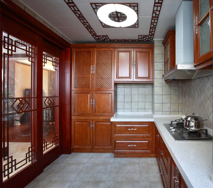 中式厨房实木橱柜效果图