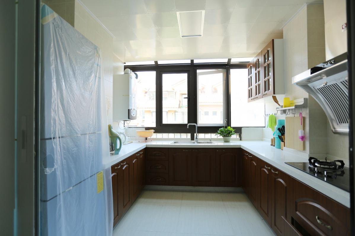 u型厨房装修效果图大全