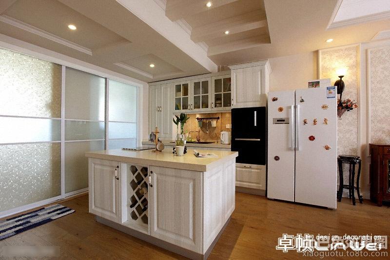 欧式开放式厨房装修设计效果图