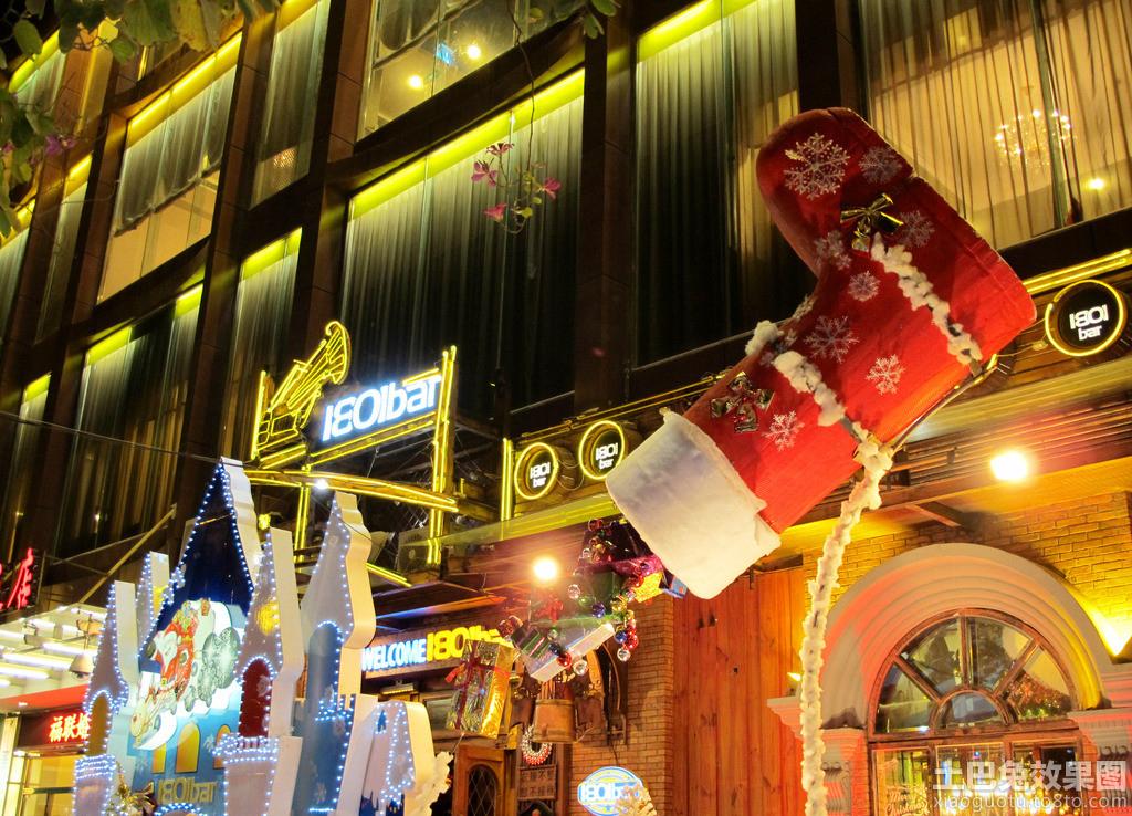 酒吧门头圣诞节装饰图片