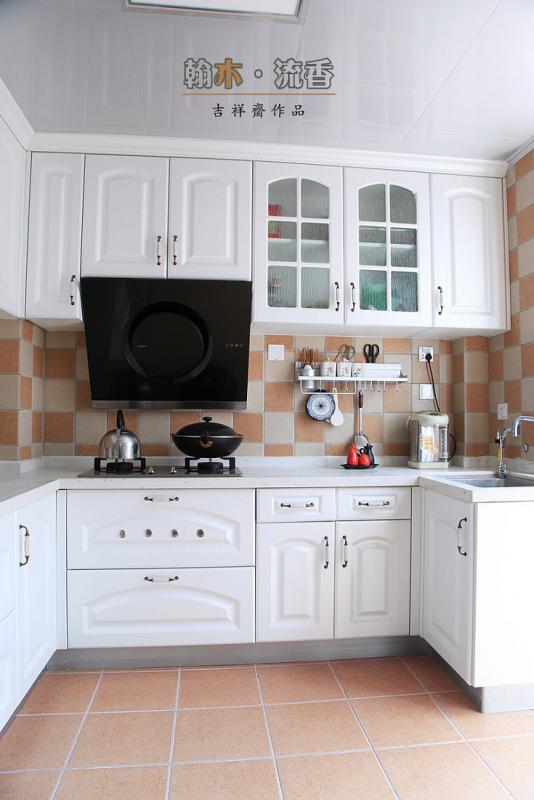 u型欧式小厨房装修效果图