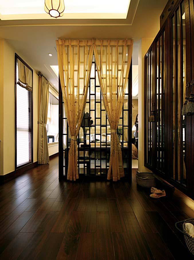 中式风格玄关木地板装修效果图