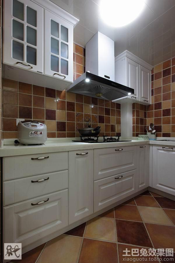 美式厨房瓷砖效果图