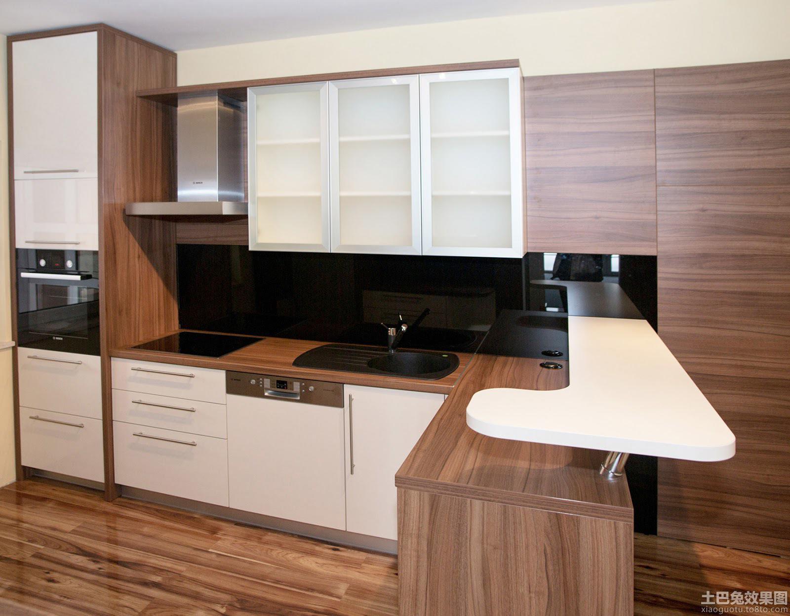 实木风格开放式厨房效果图