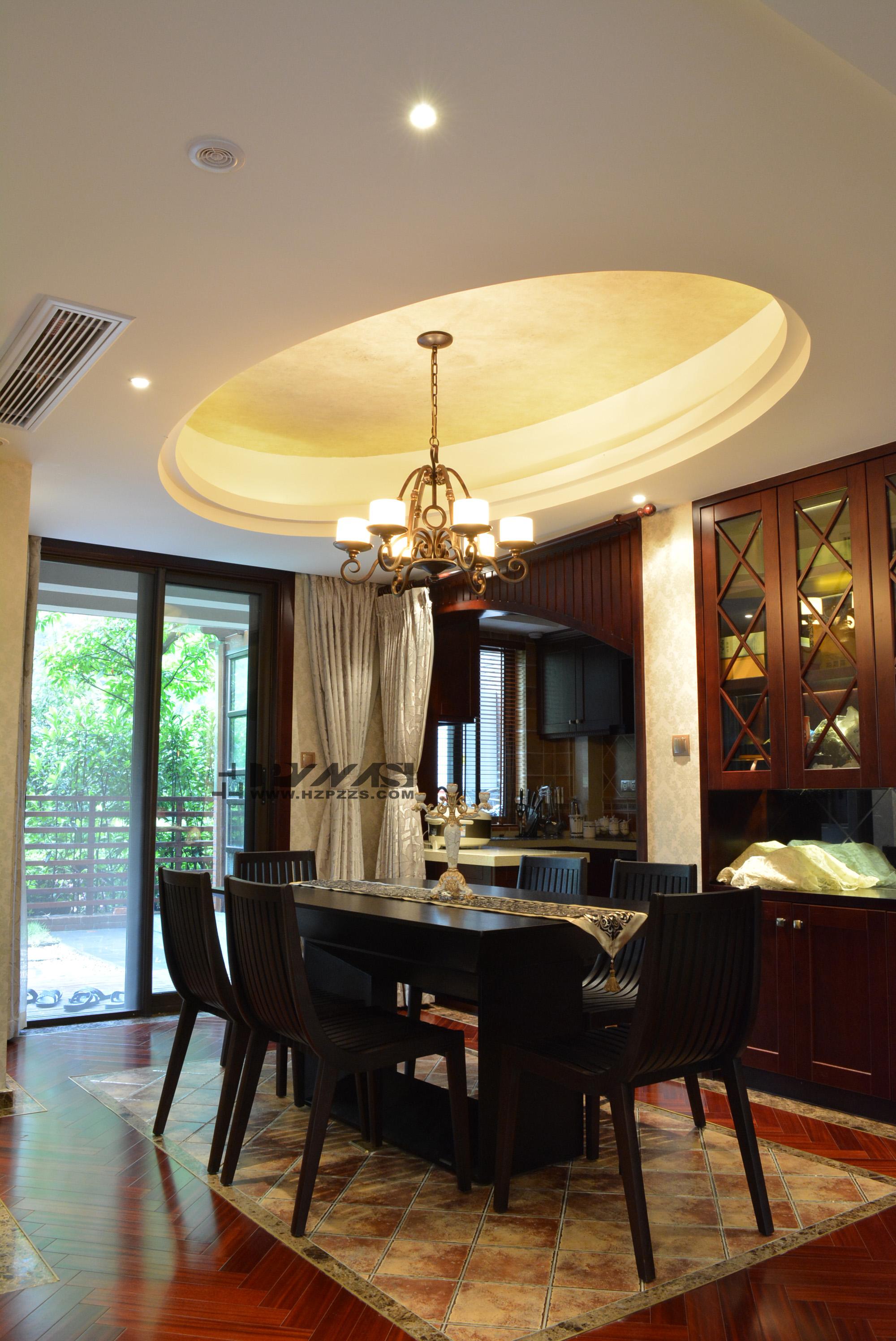 新中式风格餐厅圆形吊顶装修效果图图片