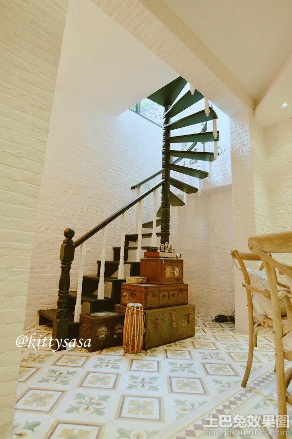 复式楼旋转楼梯设计图
