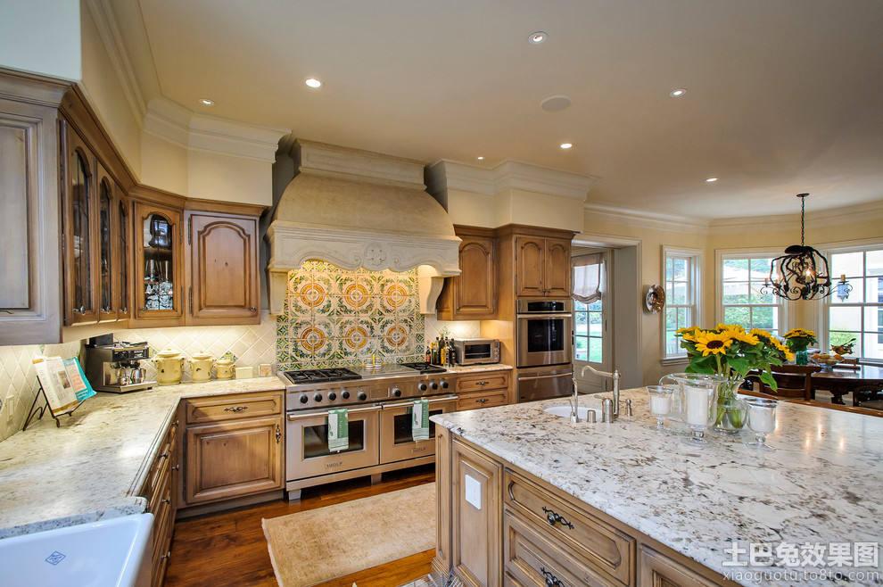美式大理石台面厨房装修效果图