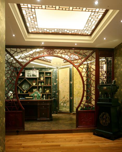 中式风格室内半圆隔断装修效果图