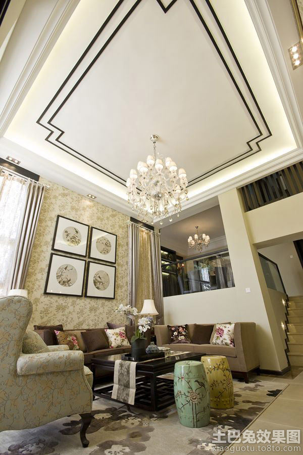 新中式风格挑高客厅吊顶装修设计图片