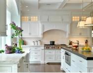 欧式居家别墅大厨房装修效果图图片