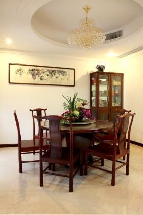 中式餐厅圆形吊顶装修效果图