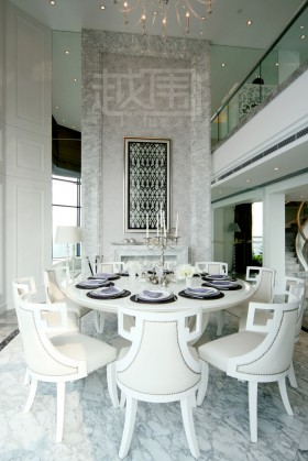 欧式风格餐厅十人大餐桌效果图