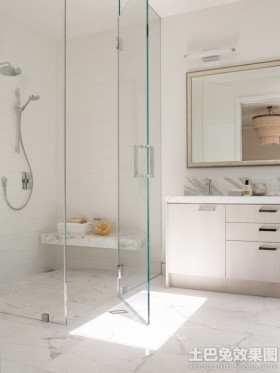 简约浴室玻璃门效果图片
