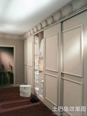> 客厅壁柜装修效果图