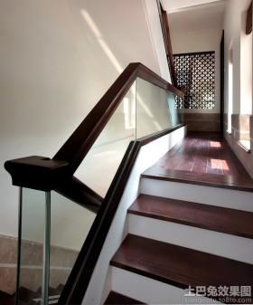 别墅楼梯实木扶手效果图